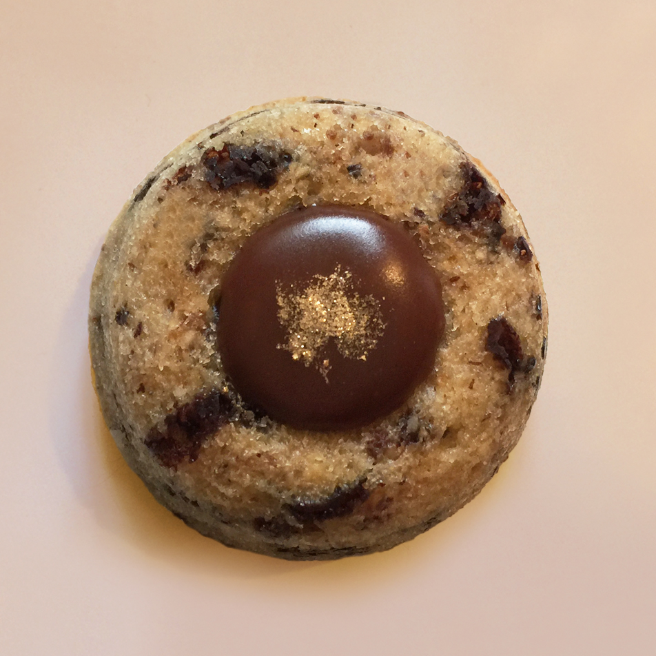financier lucien gateau amandes bio chocolat lait valrhona fruit de la passion patisserie paris montreuil